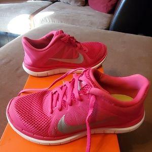 Women's Nike Free 4.0 size 7